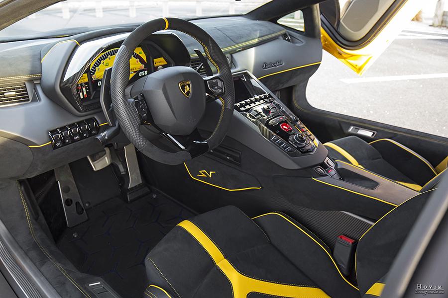 Aventador SV 17